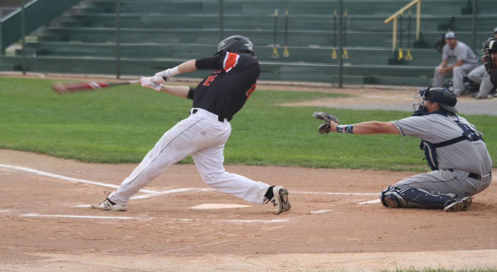 Photo for Uetz's grand slam lifts Jimmies to walk-off win, sweep of DSU
