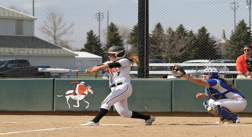 Photo for Jimmies split with Mayville State