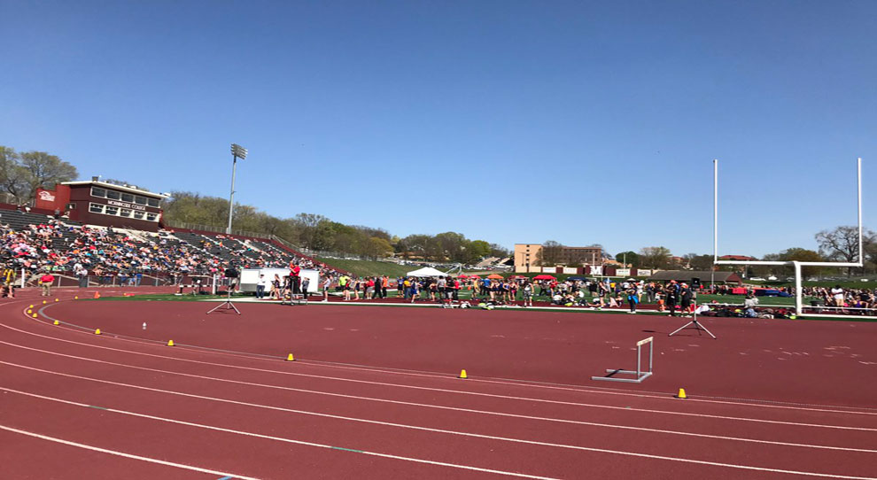 Photo for Jimmies compete at Sioux City Relays