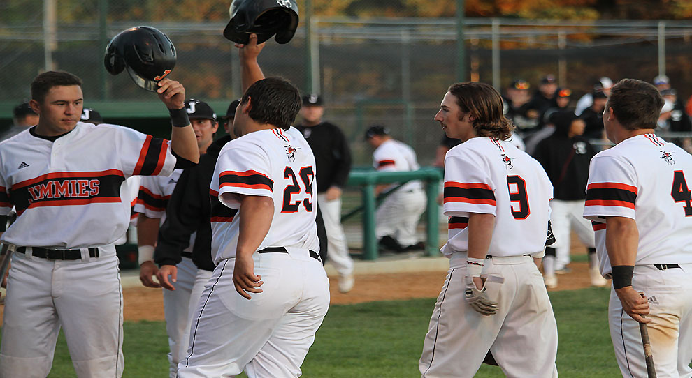 Tyler Ludlow (29) is congratulated after his two-run homer in the fifth inning Wednesday